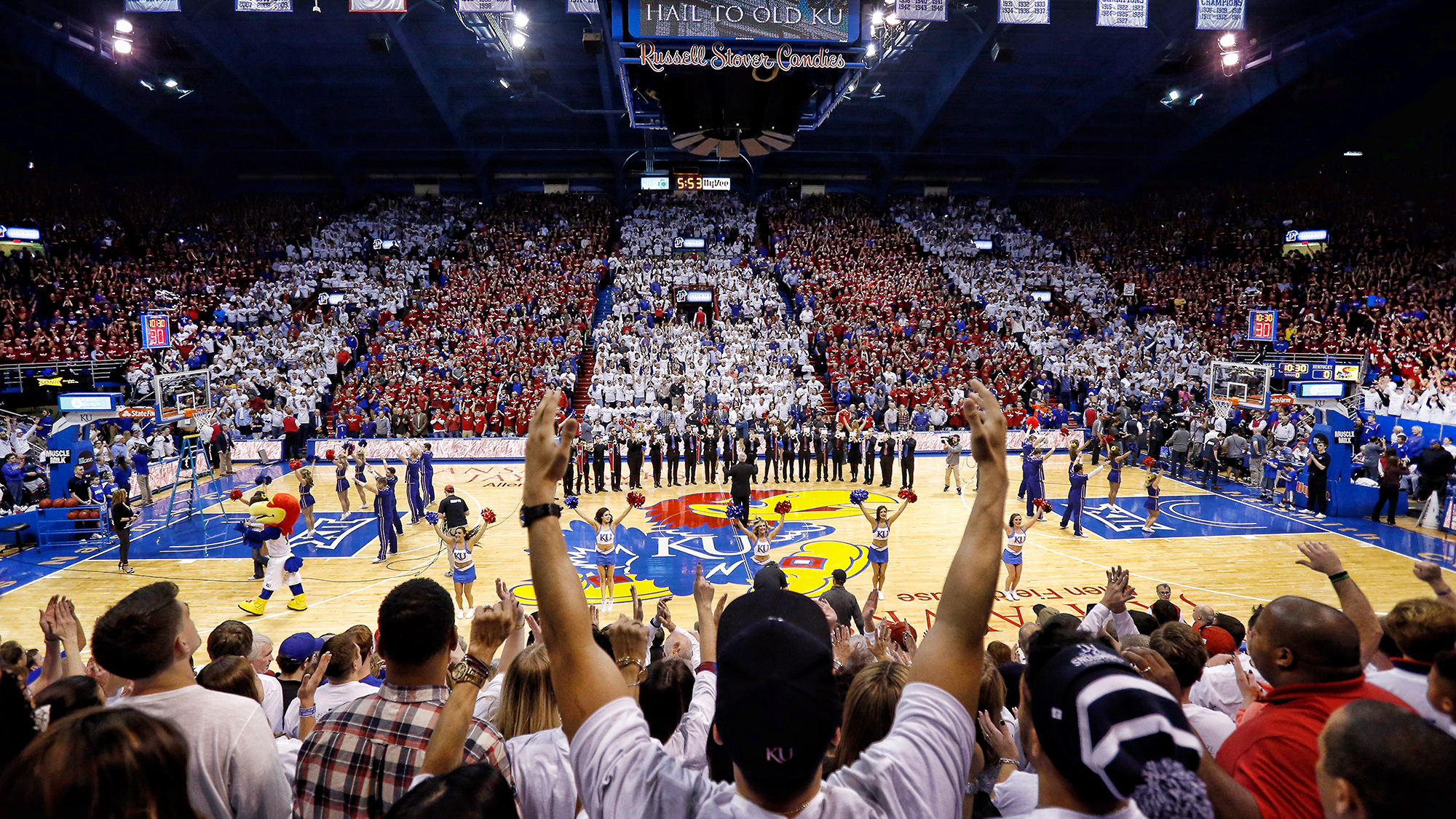 71b43042 Men's Basketball Fan Guide - University of Kansas Athletics
